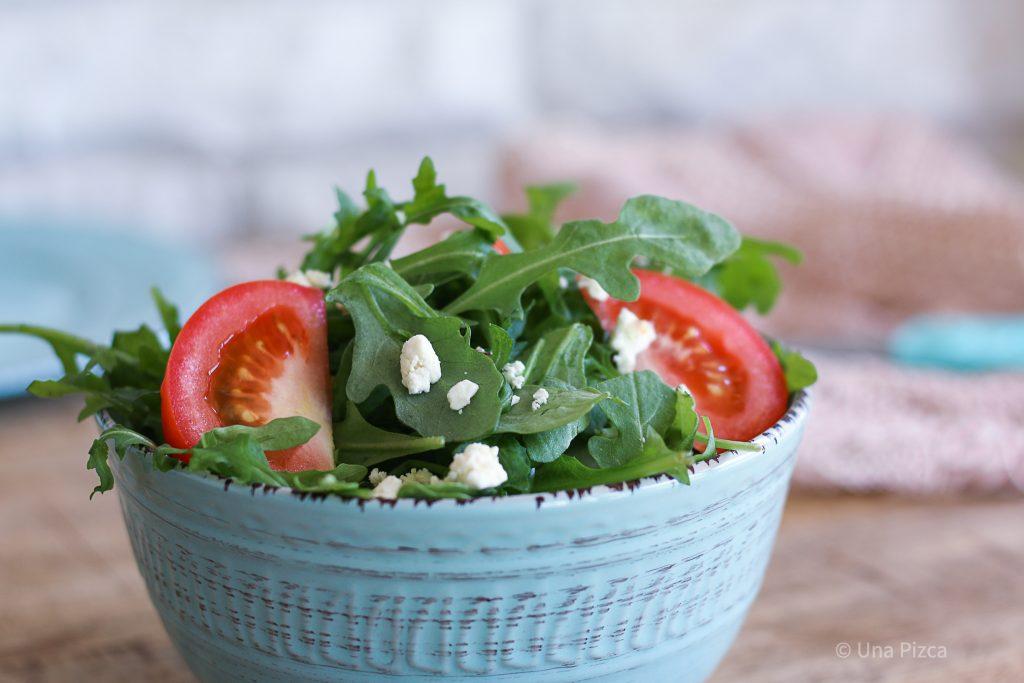 Ensalada de tomate y feta